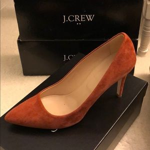 J Crew Everly suede pump in rust 8.5